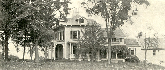 Mrs. Gray'ssummer home at Newfield