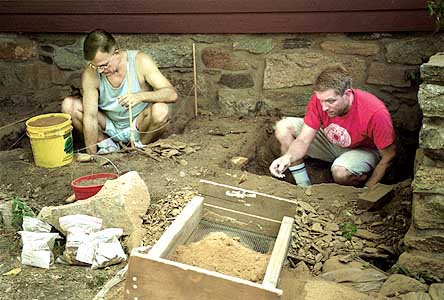 Stamford_081202_Archaeology:  Brook Cadwell, a volunteer, and Tom Zoubek, the director of the Stamford Historical Society look for artifacts at the Hoyt Barnum House. Allison Berken/for the Advocate: metro